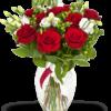 bouquet di rose rosse e lisanthus bianchi