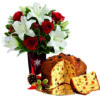 rose rosse lilium bianchi e panettone con uvetta